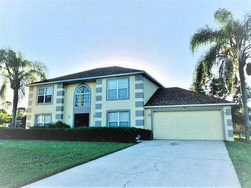2596 Emerson Drive SE, Palm Bay, FL 32909