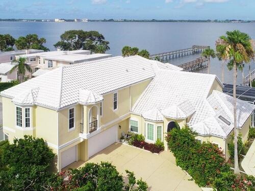 247 Seaview Street, Melbourne Beach, FL 32951