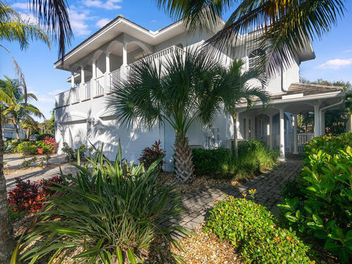 717 Spanish Moss Court, Melbourne Beach, FL 32951