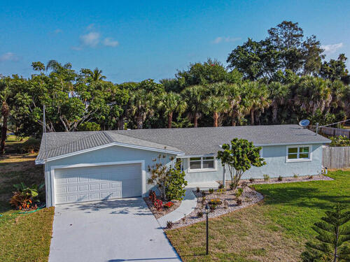 422 3rd Avenue, Melbourne Beach, FL 32951