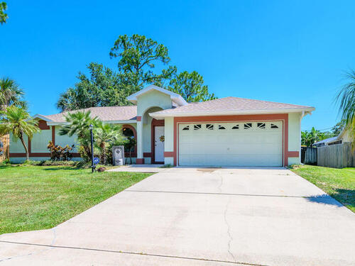 468 NW Stendal Road NW, Palm Bay, FL 32907