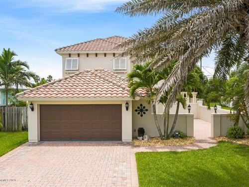 209 3rd Avenue, Melbourne Beach, FL 32951